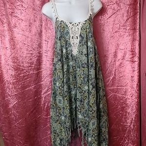Beautiful ALYA dress Sz M embroidered by neck line